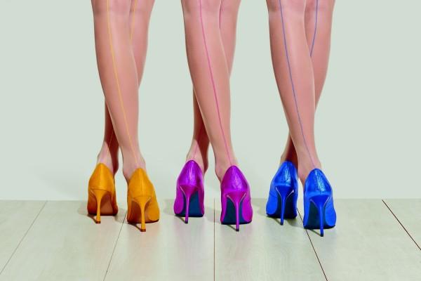Trasparenze Mirtillo - 20 denier coloured backseam tights